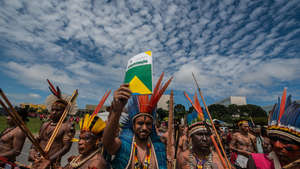 Brazil: Mass Indian protests against assault on land rights