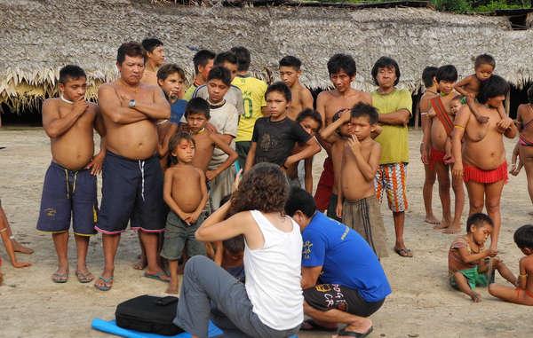 """""""Os Yanomami receberam treinamento para enviar suas mensagens para uma audiência global."""""""