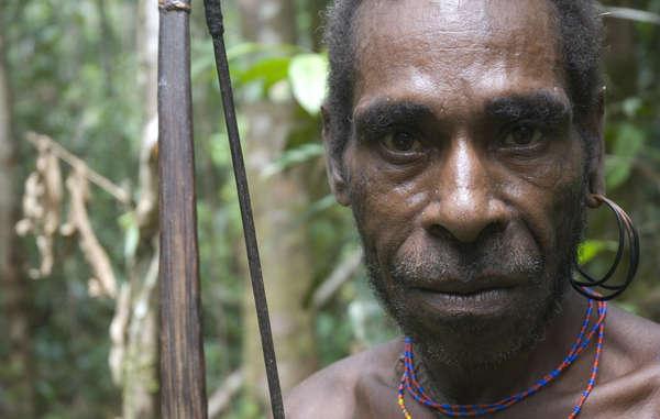 """""""Indonesien, das seit 1963 West-Papua besetzt und die indigene Bevölkerung unterdrückt, ist Ehrengast der ITB Berlin 2013. """""""