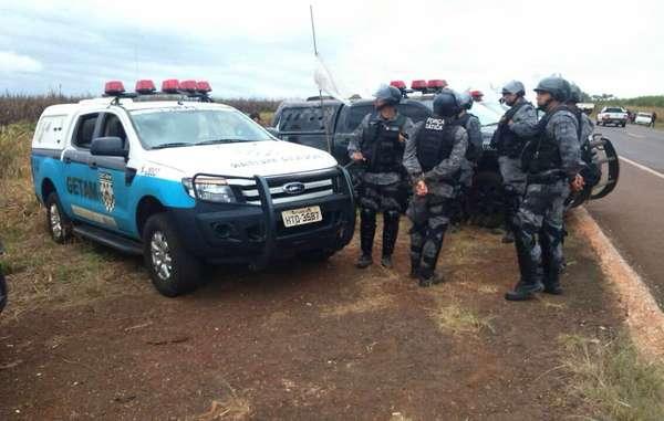 Cerca de 100 policiais militares e federais despejaram a comunidade Guarani Apy Ka'y, cujas terras ancestrais foram destruídas por agricultura em larga escala