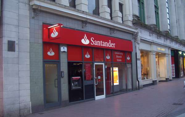 Santander è la più grande banca europea.