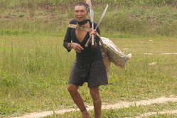 A Murunahua man, contacted by loggers in 1995. Half his people died after initial contact.