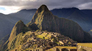 614px-80-machu-picchu-juin-2009-edit-2_300_wide