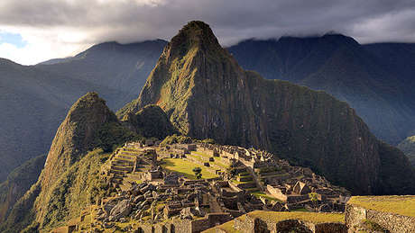614px-80-machu-picchu-juin-2009-edit-2_460_wide