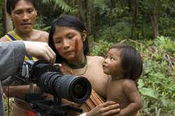 Los realizadores tienen la responsabilidad de presentar a los pueblos indígenas con imparcialidad.