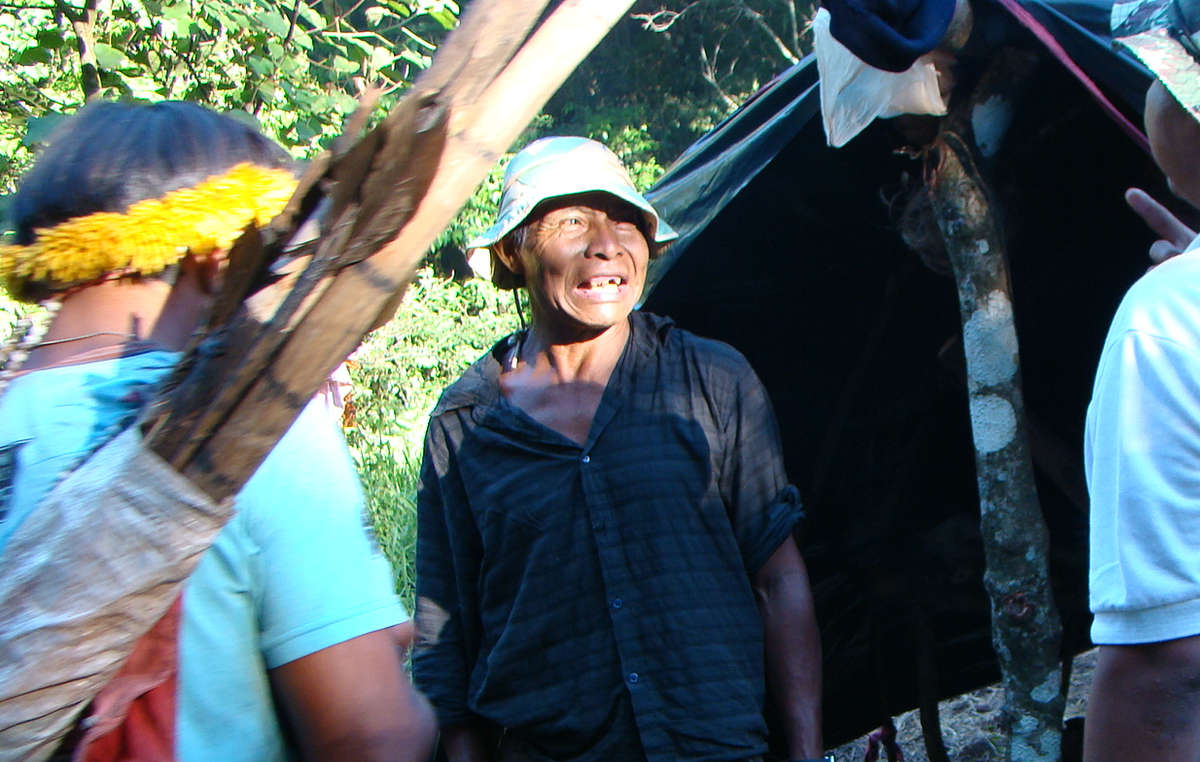 Les Guarani connaissent les plus hauts taux de suicides et d'homicides du Brésil. Nisio Gomes a été abattu par des hommes armés en 2011.