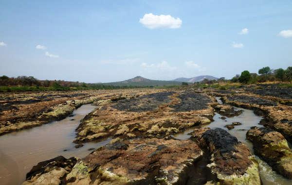 Door het omleiden van de Omorivier omwille van irrigatie verliezen de inheemse stammen in het gebied hun waterbron.