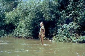 I Nahua furono contattati per la prima volta nel 1980; in seguito, diverse epidemie hanno ucciso molti membri della tribù.