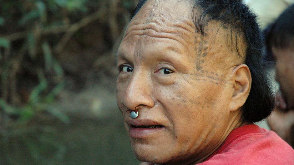 """""""Todesstraße"""", gefördert durch einen Priester, wäre Katastrophe für unkontaktiertes Amazonas-Grenzland"""