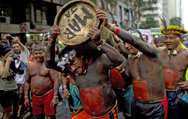Xavante Indians protest for land rights at Rio+20