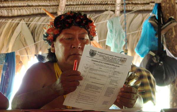 Davi Yanomami en la Asamblea General de Hutukara, 2008.