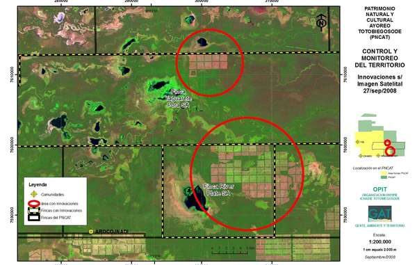 Satellitenbilder decken illegale Abholzungen von brasilianischen Farmern im Gebiet der Totobiegosode auf (rote Kreise), Paraguay