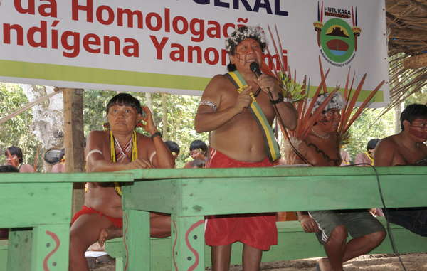 Shaman and leading Yanomami spokesman Davi Kopenawa addresses participants at the seventh Assembly of Hutukara Yanomami Association, Brazil
