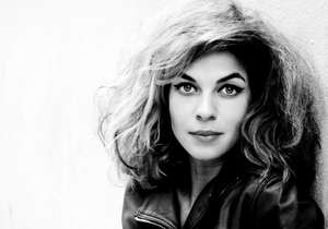 Caption Natalia Tena, star de Il Trono di Spade e di Harry Potter, ha prestato la sua voce all'intervista raccolta da Survival.