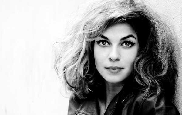"Schauspielerin Natalia Tena, Star aus der Serie ""Game of Thrones"" und ""Harry Potter""-Filmen, hat zu einem Survival-Interview einen Begleittext gesprochen."