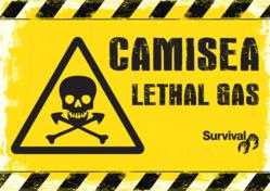 Uno dei cartelli usati dai manifestanti di Survival contro il progetto Camisea del Perù.
