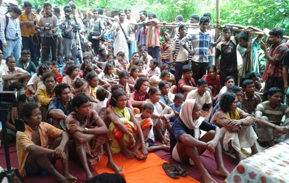 Les douze villages dongria kondh impliqués dans le processus de consultation ont unanimement rejeté le projet minier de Vedanta.