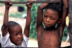 Bushman children, CKGR, Botswana 2004