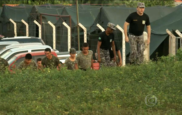More than six months after the Brazilian army moved in to tackle illegal logging outside the land of the Awá, the Brazilian government has now started a major ground operation to evict illegal invaders from inside the Awá's land.