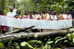Dongria Kondh protest against Vedanta Resources, Niyamgiri