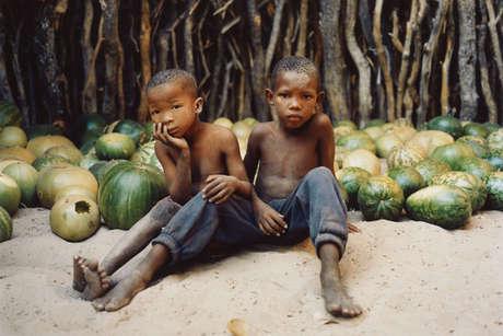 Bots-mol-ld-boys-in-melon-store-molapo_460_landscape