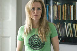 Gillian Anderson models a T-shirt designed by Richard Long