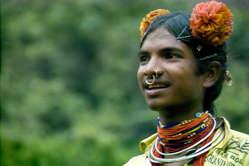Vedanta sta tentando di tornare nelle colline Niyamgiri dei Dongria Kondh.