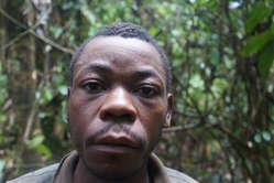 Hombre baka, Camerún.