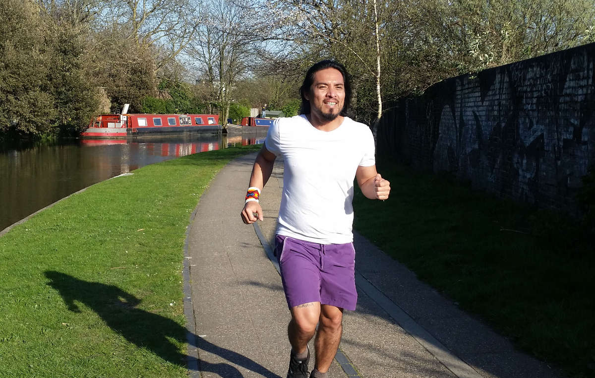 Nixiwaka Yawanawá training for the London Marathon in April 2015.