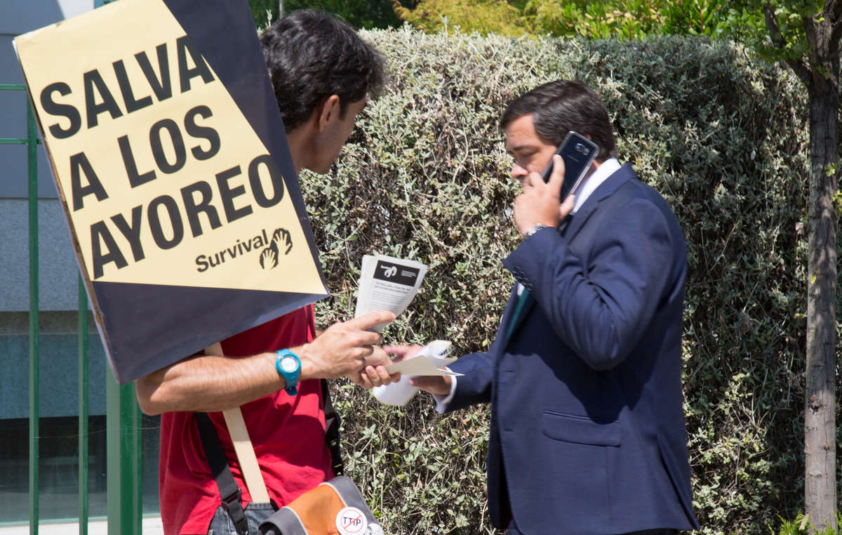 Protestors handed leaflets to shareholders attending Grupo San Josés annual general meeting in Madrid.