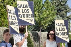 Los manifestantes dirigían el mensaje 'Salva a los ayoreo' a la constructora GSJ. Madrid, junio de 2015.