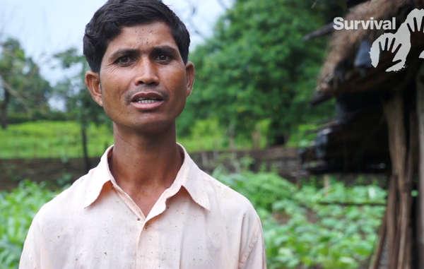 Sukhdev, un Baiga, a été assassiné parce qu'il tentait d'acheter des terres pour sa famille, après avoir été expulsé en 2014 de son village situé dans la réserve de tigre de Kanha.