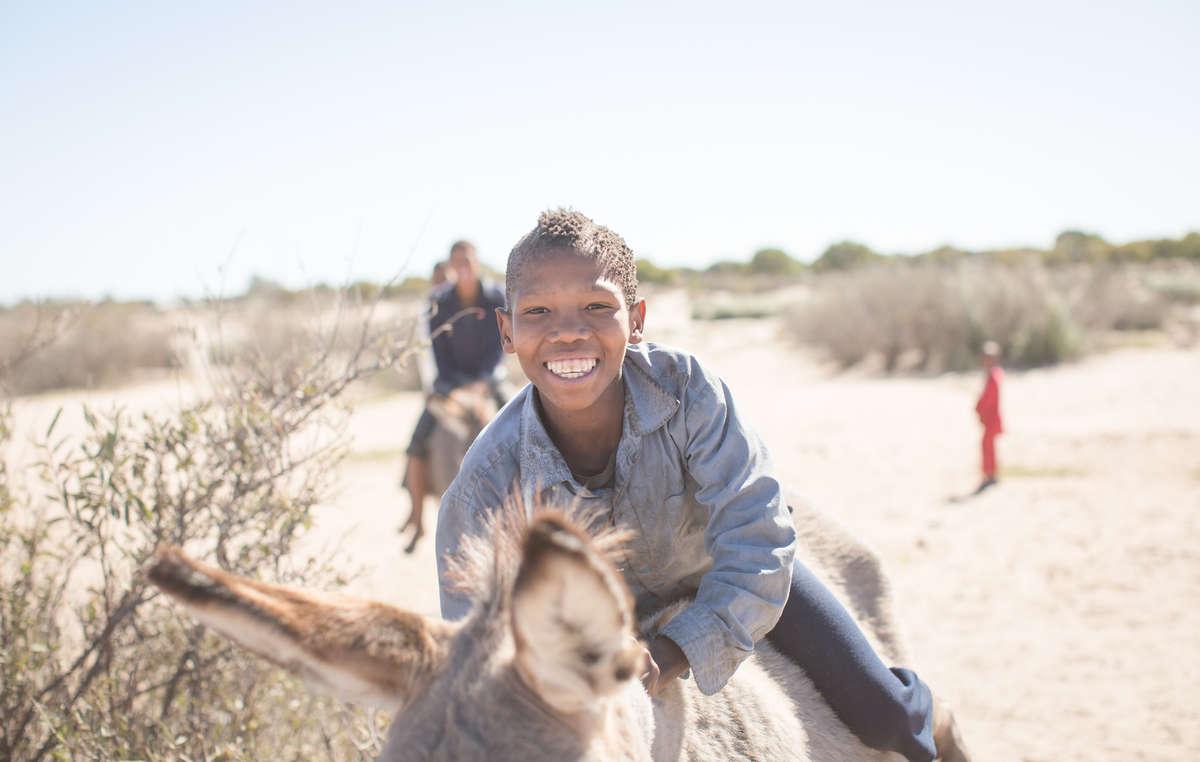 Botswana Bushmen, Kalahari, Kua tribe