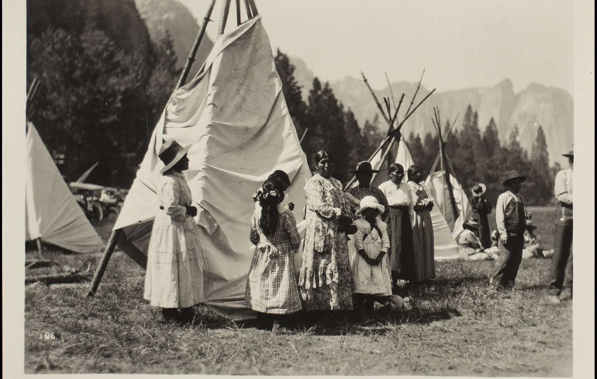 Awahneechee had to pretend to be Plains Indians for tourists in Yosemite, 1916-29.