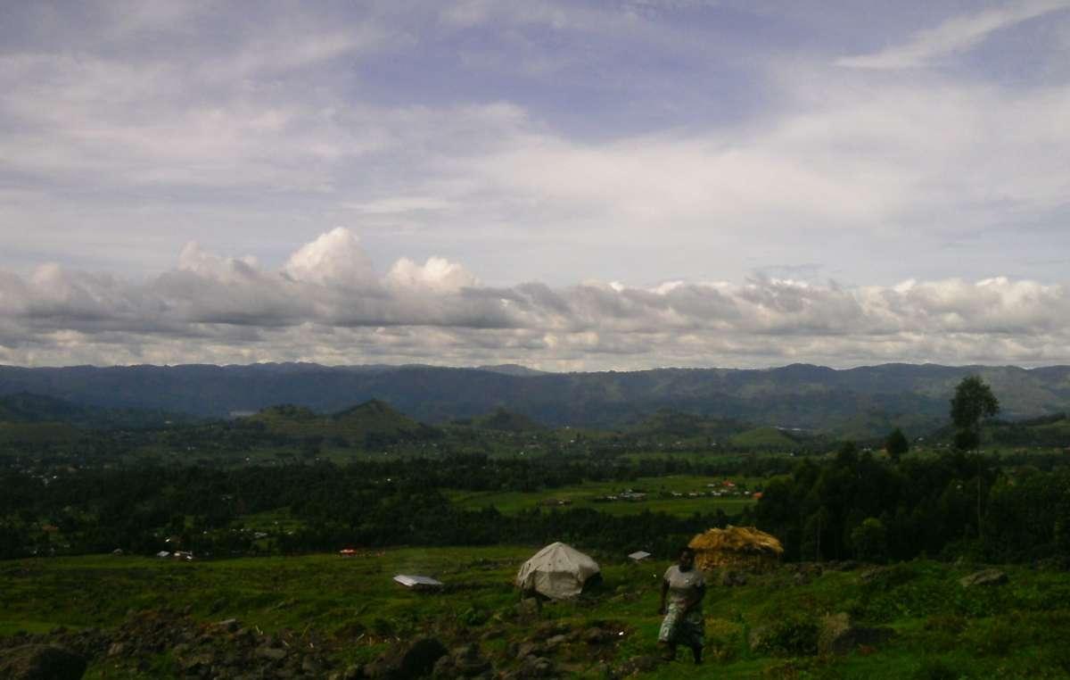 I Batwa sono stati sfrattati illegalmente dalle loro terre d'origine ancestrali all'interno del Bwindi Impenetrable National Park e del Mgahinga Gorilla National Park.