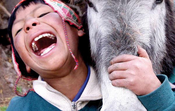 Eines der ausgewählten Fotos zeigt einen Quechua-Jungen in Peru. Aufnahme von Percy Ramírez Medina.