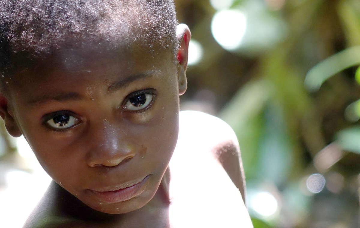 Niño baka, cuenca del Congo.