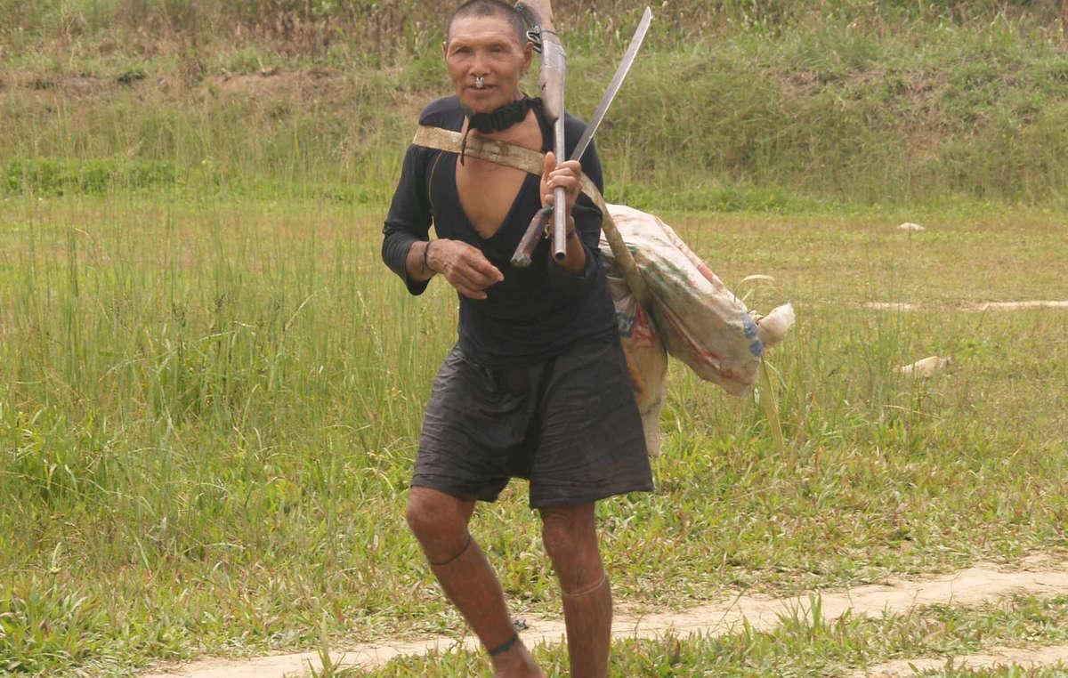 Un Murunahua, contacté par les bûcherons en 1995. La moitié de son groupe a péri suite au premier contact.