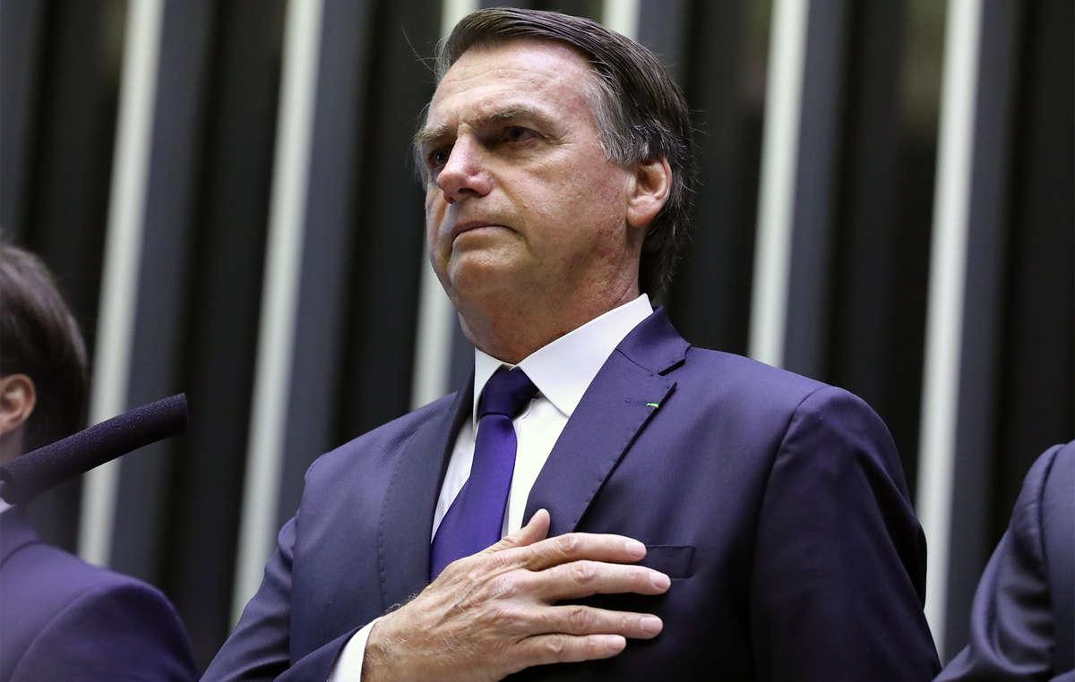 """Jair Bolsonaro , Presidente del Brasile, ha vinto il premio di Survival International """"Razzista dell'Anno 2019"""""""