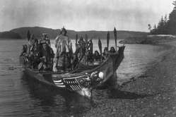Capture d'écran du film 'In the land of the war Canoes' de Edward S. Curtis.