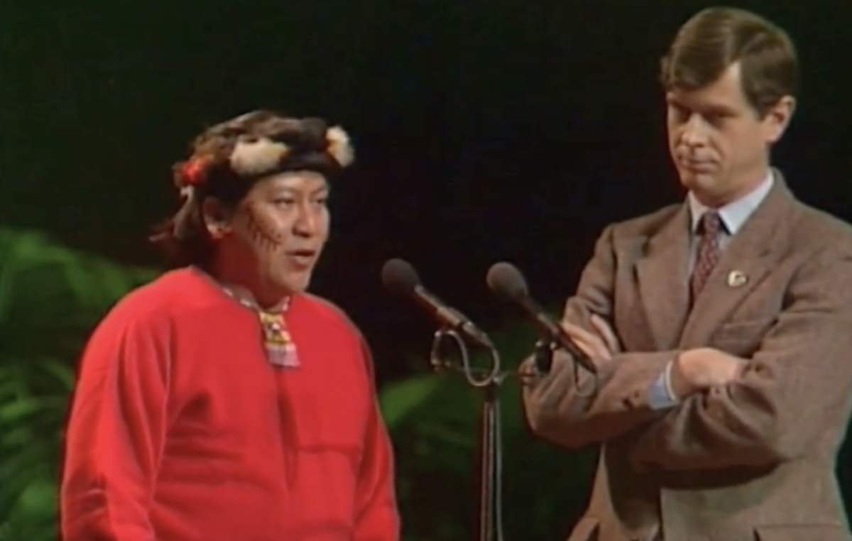 Davi Yanomami and Survival Director Stephen Corry at the 1989 Right Livelihood Award ceremony, Davi's first trip outside Brazil.