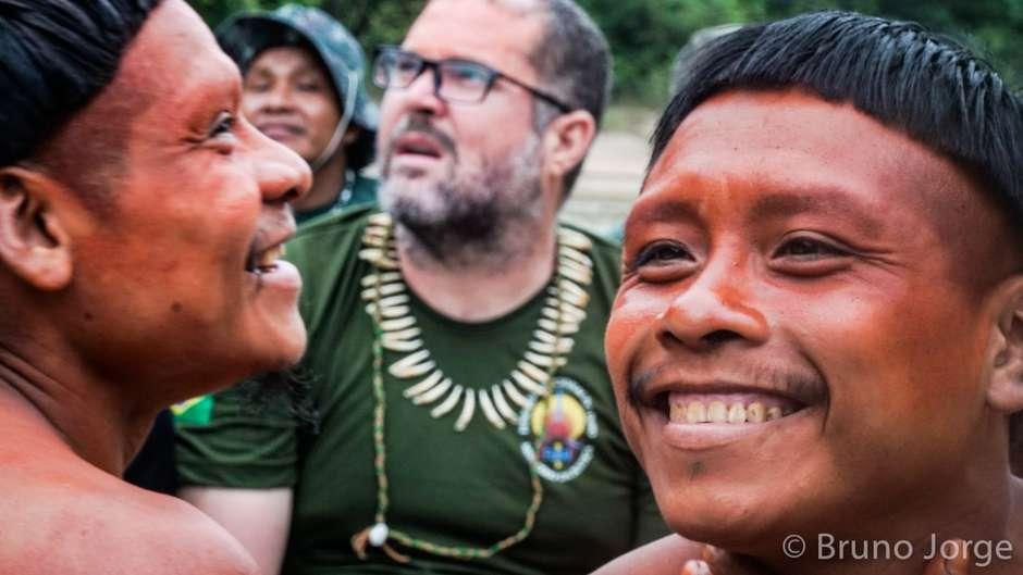 Ritengono che il licenziamento sia il preludio allo smantellamento della politica governativa di tutela delle terre delle tribù incontattate