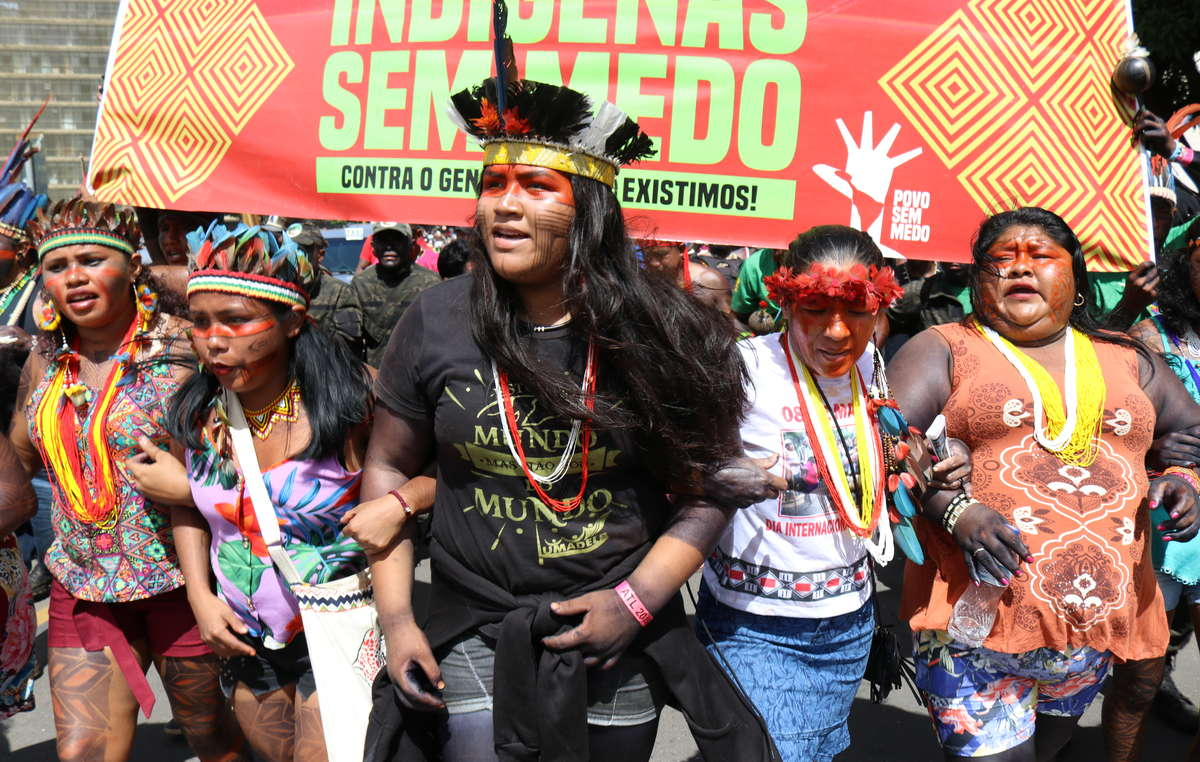 Indigenous people protesting in Brasilia, April 2019.