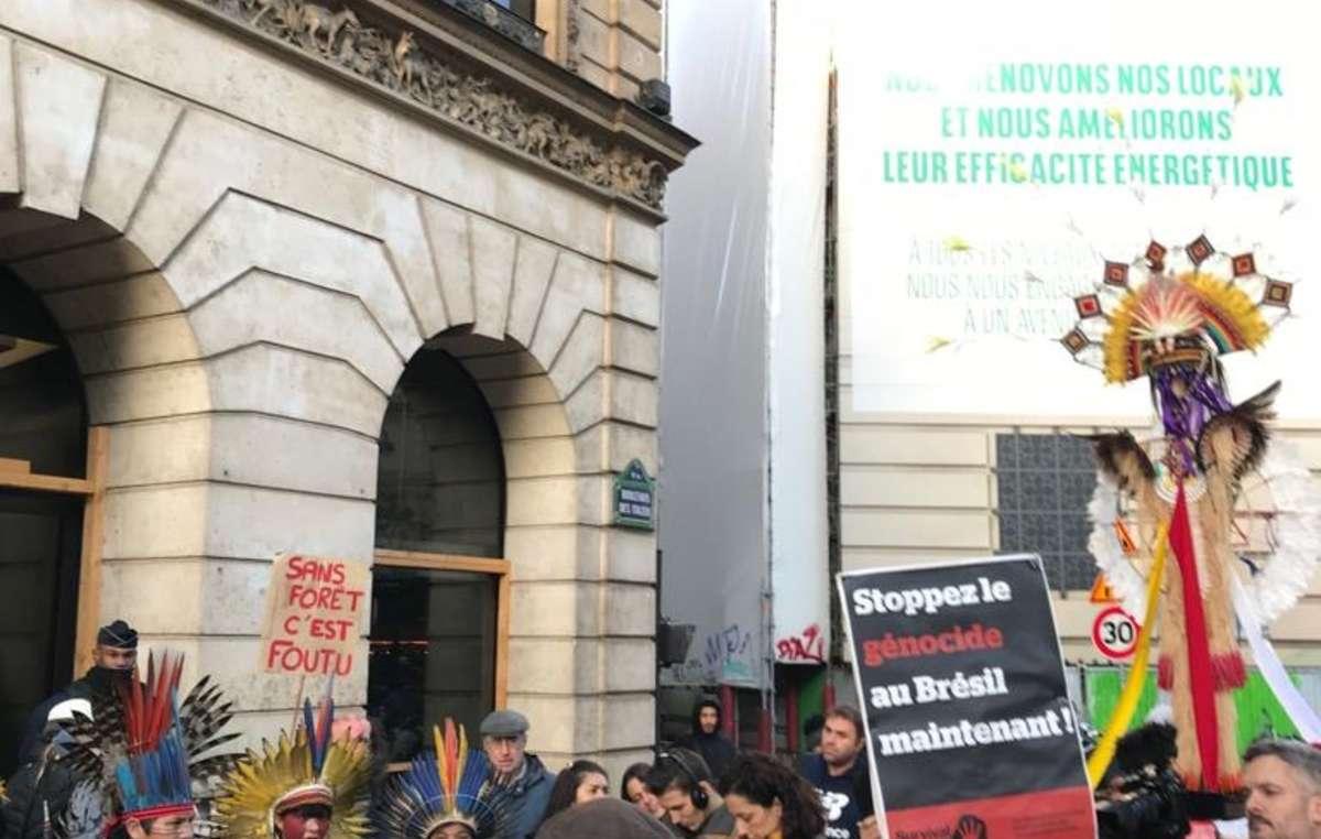Manifestation de la délégation de l'APIB à Paris