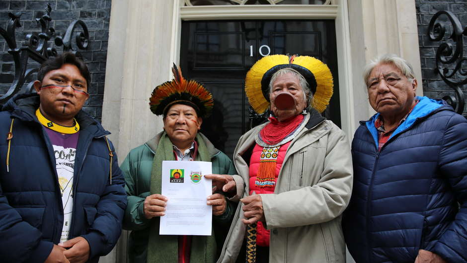 """Prominent Amazon leaders hand in a letter to Downing St: """"Stand with us to defend the Amazon."""""""