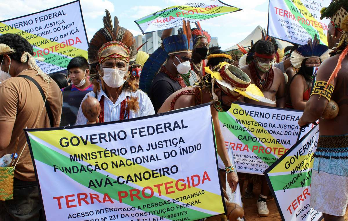 Over 6,000 indigenous people from approximately 170 peoples are protesting at the Struggle For Life camp in Brasilia against the Time Limit Trick.