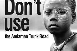 Il volantino per il boicottaggio dei 'safari umani' distribuito ai turisti in arrivo sulle isole Andamane.