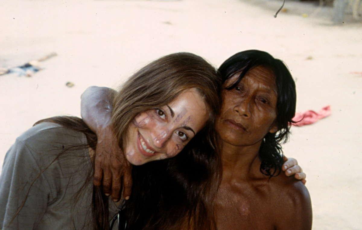 """Catherina Rust bei ihrem Besuch zurück im Amazonas mit """"Tante"""" Malina"""