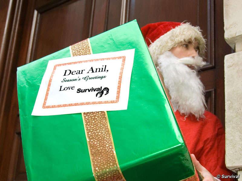 Santa claus entrega un env o especial a un violador de - Un santa claus especial ...