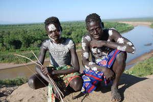 Etiopía está reasentado forzosamente a 200.000 indígenas en el valle del bajo Omo con la excusa de llevarles 'una vida moderna'.